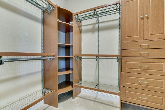 1207-tallow-rd--apopka--fl-32703---18---master-closet.jpg