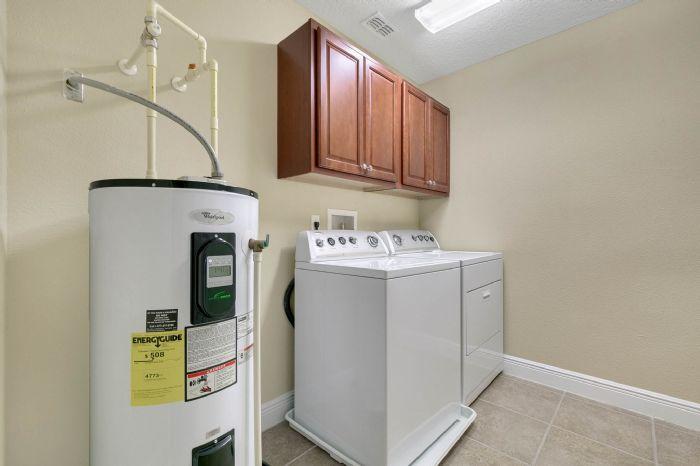 1207-tallow-rd--apopka--fl-32703---26---laundry-room.jpg