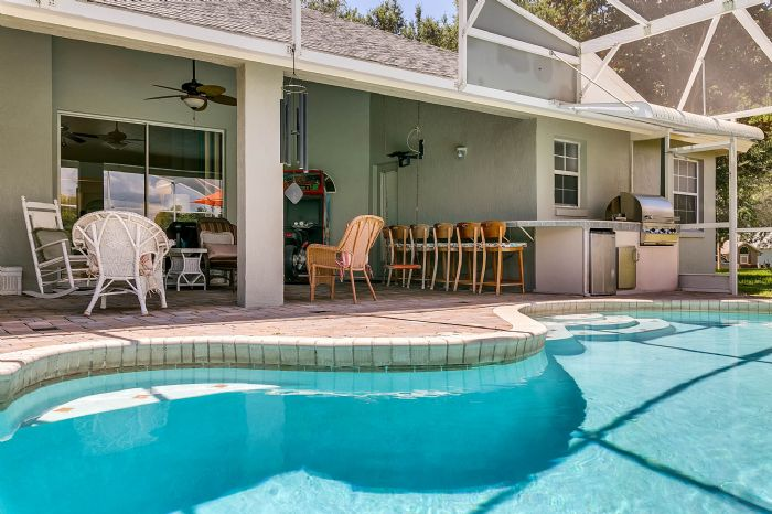 15051-green-valley-blvd--clermont--fl-34711---09---pool---lanai.jpg