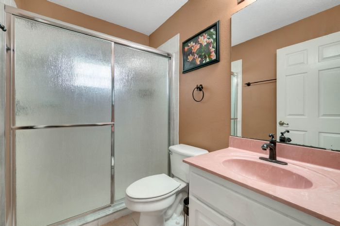 15051-green-valley-blvd--clermont--fl-34711---28---bathroom.jpg
