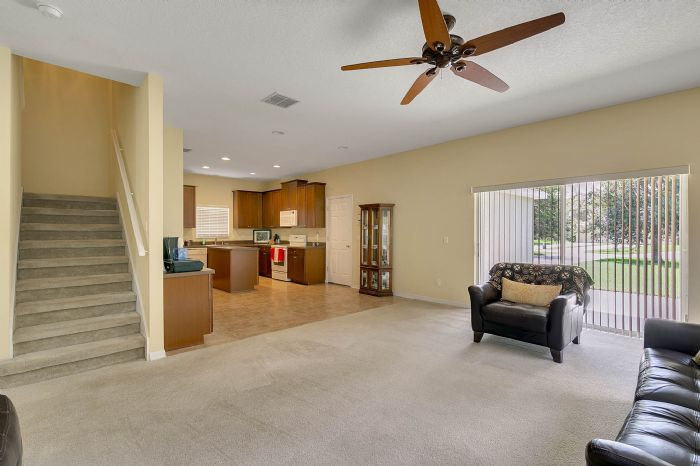 5457-gemgold-ct--windermere--fl-34786---10---family-room.jpg