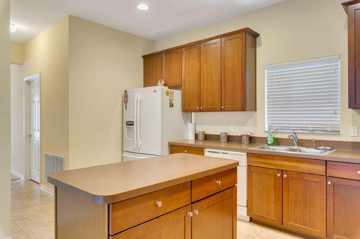 5457-gemgold-ct--windermere--fl-34786---15---kitchen.jpg