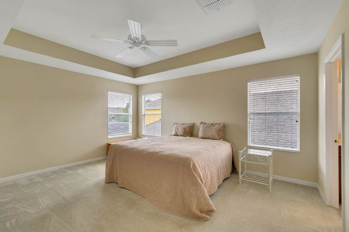 5457-gemgold-ct--windermere--fl-34786---16---master-bedroom.jpg