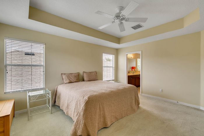 5457-gemgold-ct--windermere--fl-34786---17---master-bedroom.jpg