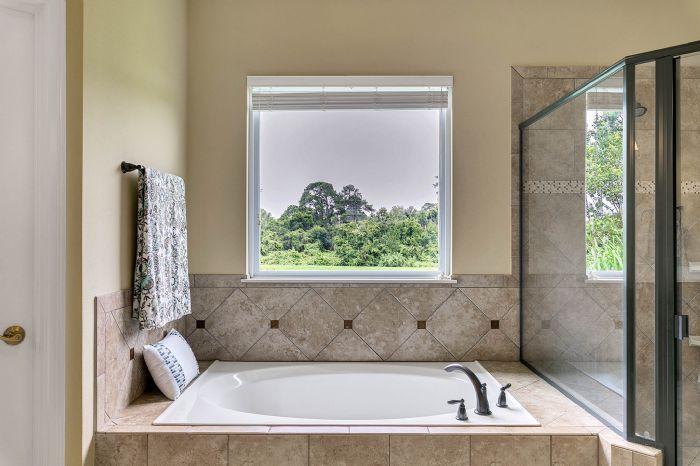 288-westyn-bay-blvd--ocoee--fl-34761---18---master-bathroom.jpg