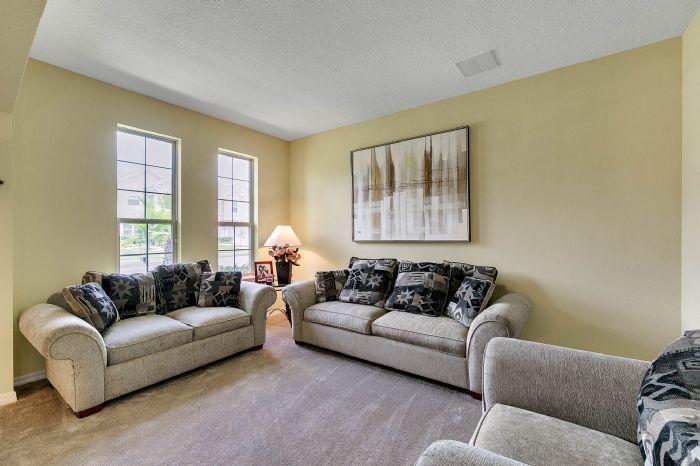 15327-heron-hideaway-cir--oakland--fl-34787---06---living-room.jpg