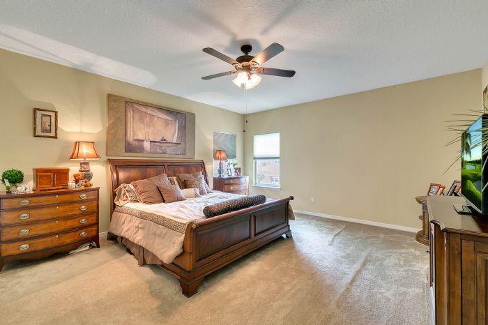 15327-heron-hideaway-cir--oakland--fl-34787---16---master-bedroom.jpg
