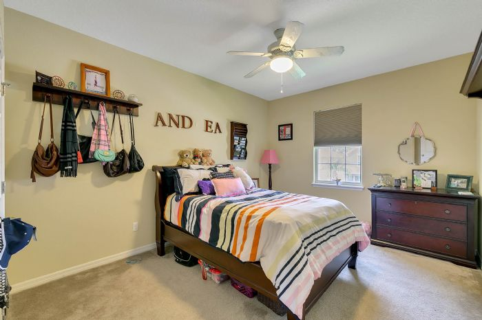 15327-heron-hideaway-cir--oakland--fl-34787---23---bedroom.jpg