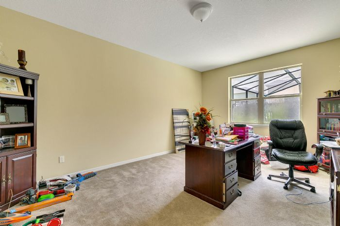 15327-heron-hideaway-cir--oakland--fl-34787---26---bedroom.jpg