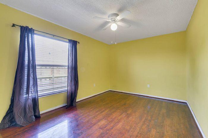 1110-cord-ct--apopka--fl-32712---19---bedroom.jpg
