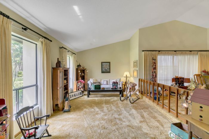 115-canada-ave--altamonte-springs--fl-32701---19---living-room.jpg