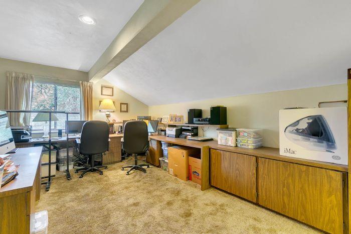 115-canada-ave--altamonte-springs--fl-32701---27---master-bedroom-office.jpg