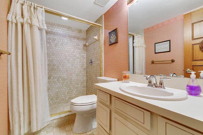 115-canada-ave--altamonte-springs--fl-32701---34---bathroom.jpg