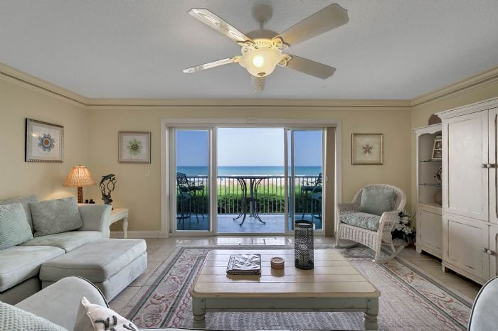 101-28th-street--unit--101-cocoa-beach--fl-32931---03---living-room.jpg