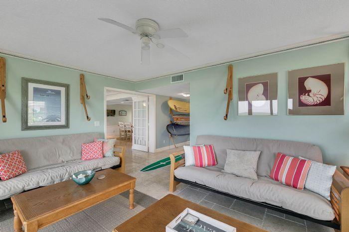101-28th-street--unit--101-cocoa-beach--fl-32931---12---family-room.jpg