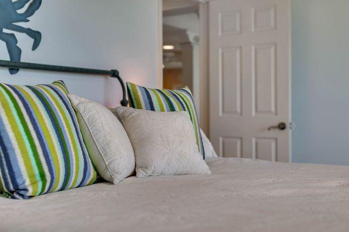 101-28th-street--unit--101-cocoa-beach--fl-32931---24---master-bedroom.jpg