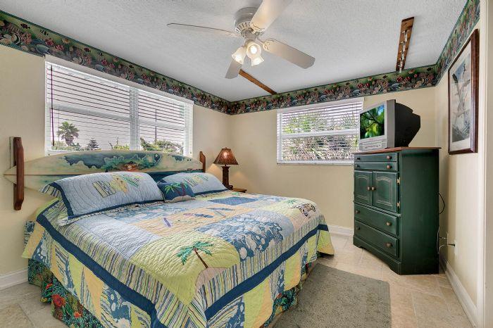 101-28th-street--unit--101-cocoa-beach--fl-32931---28---bedroom.jpg