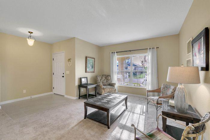 1745-bonser-road--minneloa-fl-34715---05---living-room.jpg