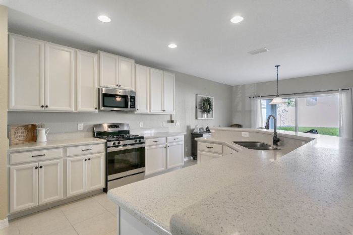 1745-bonser-road--minneloa-fl-34715---07---kitchen.jpg