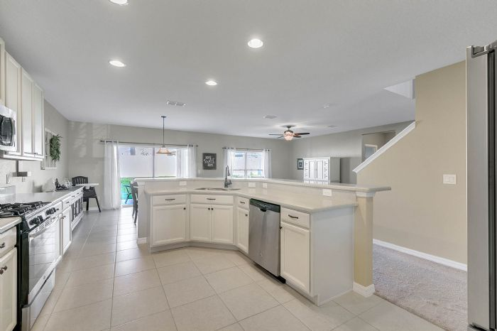 1745-bonser-road--minneloa-fl-34715---08---kitchen.jpg