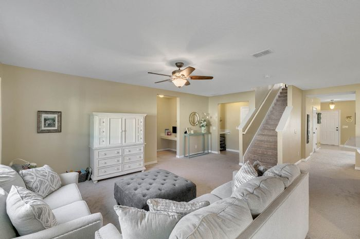 1745-bonser-road--minneloa-fl-34715---10---family-room.jpg