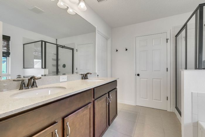 1745-bonser-road--minneloa-fl-34715---16---master-bathroom.jpg
