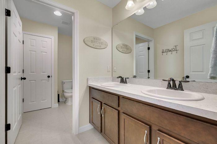 1745-bonser-road--minneloa-fl-34715---22---bathroom.jpg