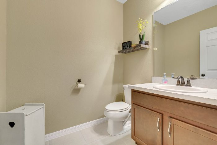 1745-bonser-road--minneloa-fl-34715---25---bathroom.jpg