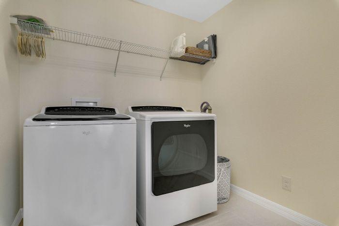 1745-bonser-road--minneloa-fl-34715---26---laundry-room.jpg