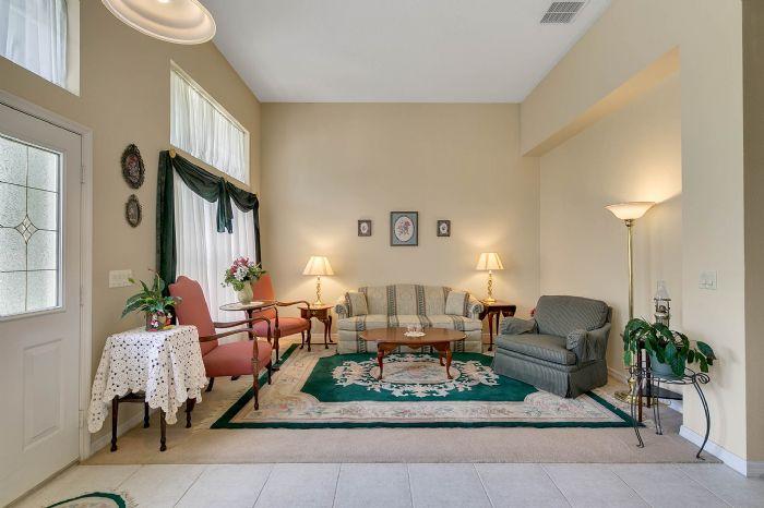 240-sutherland-ct--apopka--fl-32712----07---living-room.jpg