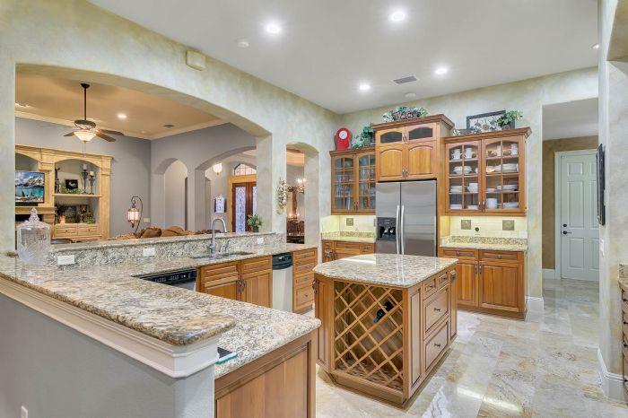 9624-san-fernando-ct--howey-in-the-hills--fl-34737---20---kitchen.jpg