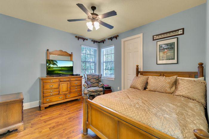 9624-san-fernando-ct--howey-in-the-hills--fl-34737---32---bedroom.jpg