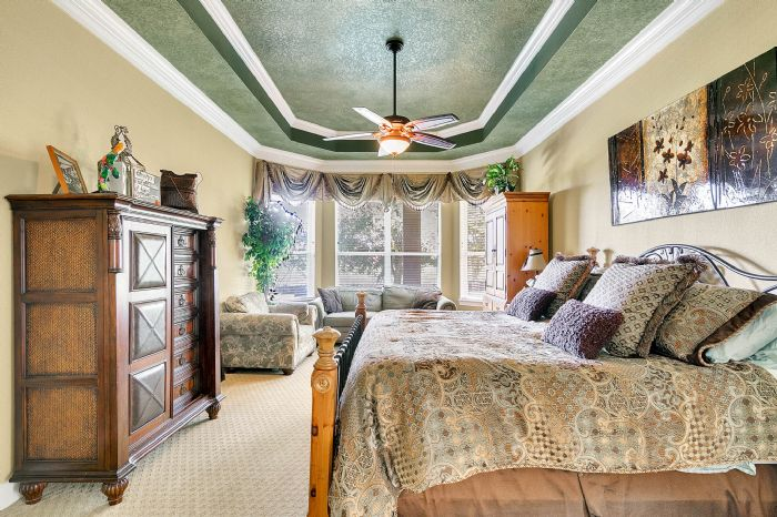 25539-hawks-run-ln--sorrento--fl-32776---20---master-bedroom.jpg
