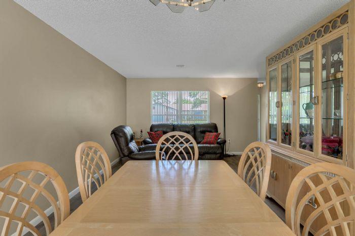 3307-45th-st.-w--bradenton-fl-34209---07---dining-room-3.jpg