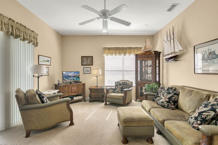 3850-old-dunn-rd--apopka--fl-32712----11---family-room.jpg