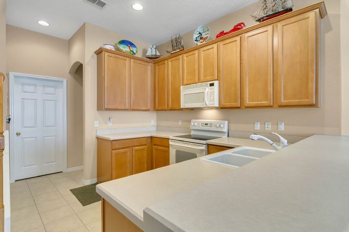 3850-old-dunn-rd--apopka--fl-32712----13---kitchen.jpg