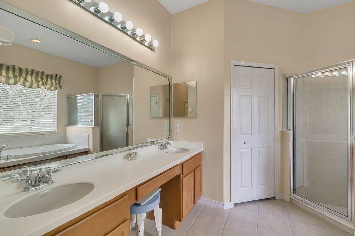 3850-old-dunn-rd--apopka--fl-32712----18---master-bathroom.jpg