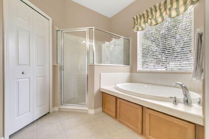 3850-old-dunn-rd--apopka--fl-32712----19---master-bathroom.jpg