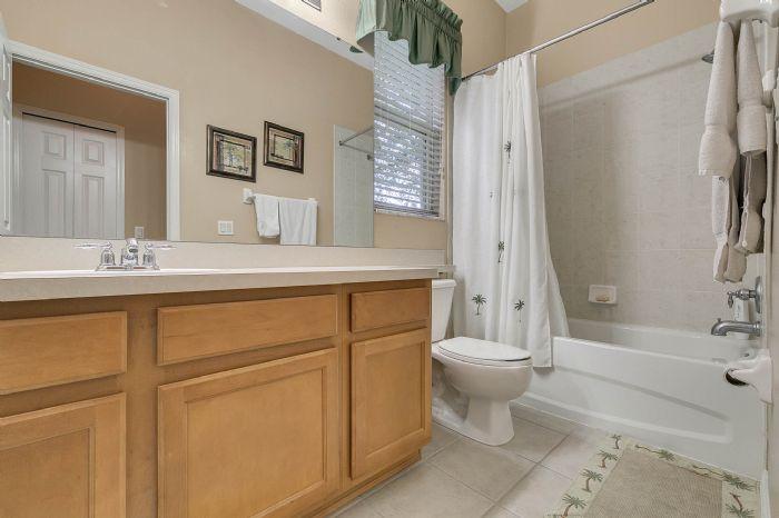 3850-old-dunn-rd--apopka--fl-32712----23---bathroom.jpg