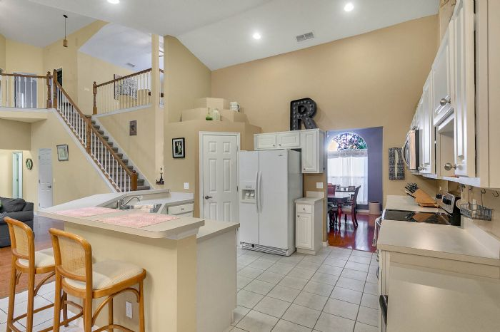 1416-hidden-meadow-way--apopka--fl-32712---07---kitchen.jpg