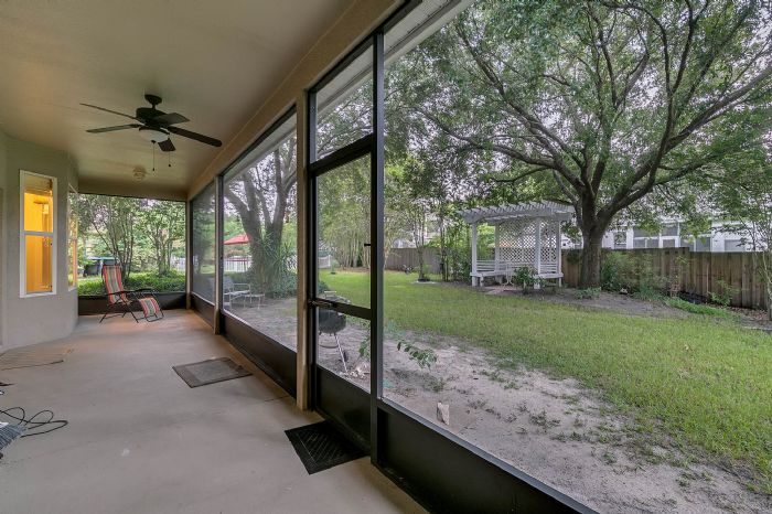 1416-hidden-meadow-way--apopka--fl-32712---24---lanai.jpg