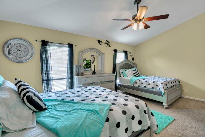 4117-bismarck-palm-dr.--tampa-fl-33610---15---bedroom-1---2.jpg