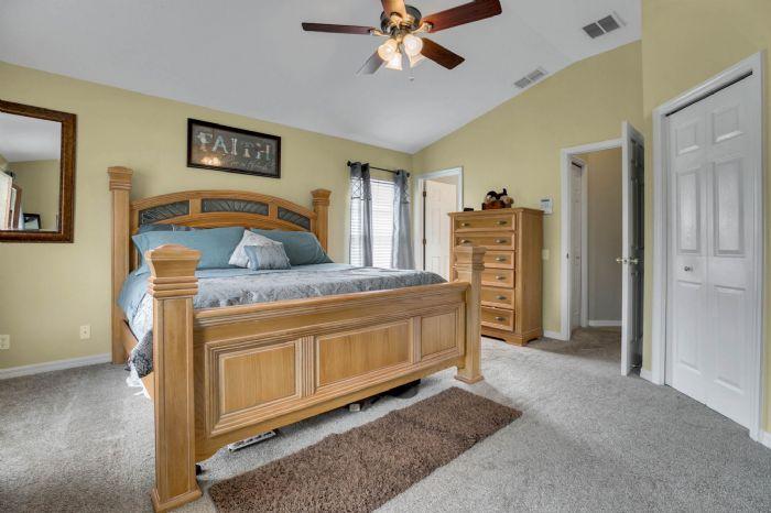 4117-bismarck-palm-dr.--tampa-fl-33610---20---bedroom-2---2.jpg