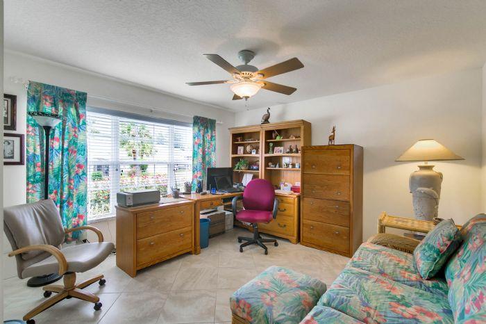 6005-armada-st--tavares--fl-32778----05---living-room-edit.jpg