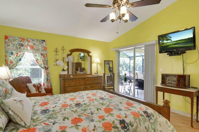 6005-armada-st--tavares--fl-32778----17---master-bedroom.jpg