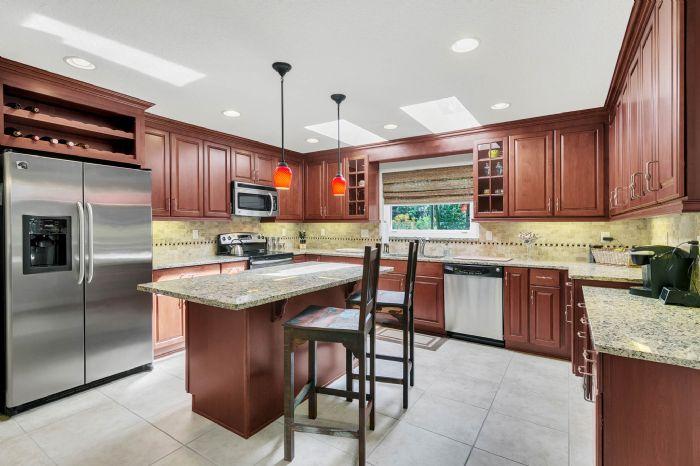 105-polo-ln--sanford--fl-32771----14---kitchen.jpg