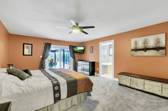 105-polo-ln--sanford--fl-32771----17---master-bedroom.jpg