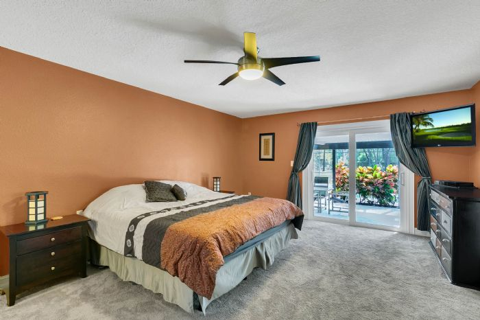 105-polo-ln--sanford--fl-32771----18---master-bedroom.jpg