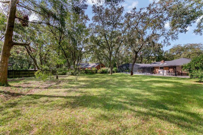 105-polo-ln--sanford--fl-32771----30---backyard.jpg