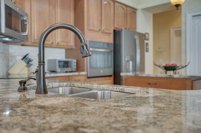 3408-sylvan-shadow-st.--valrico-fl-33596--13--kitchen-3.jpg